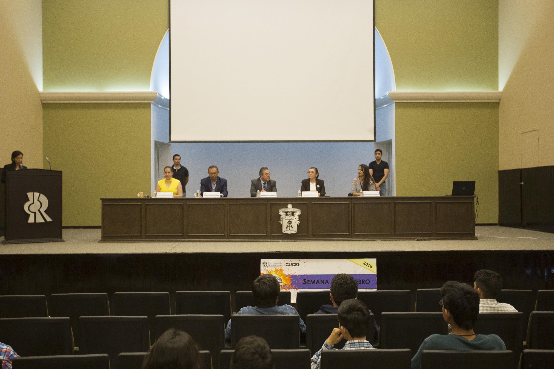 Conferencia impartida en el Centro Universitario de Ciencias Exactas e Ingenierías (CUCEI), en el marco de la Semana del Cerebro, en su segunda edición.