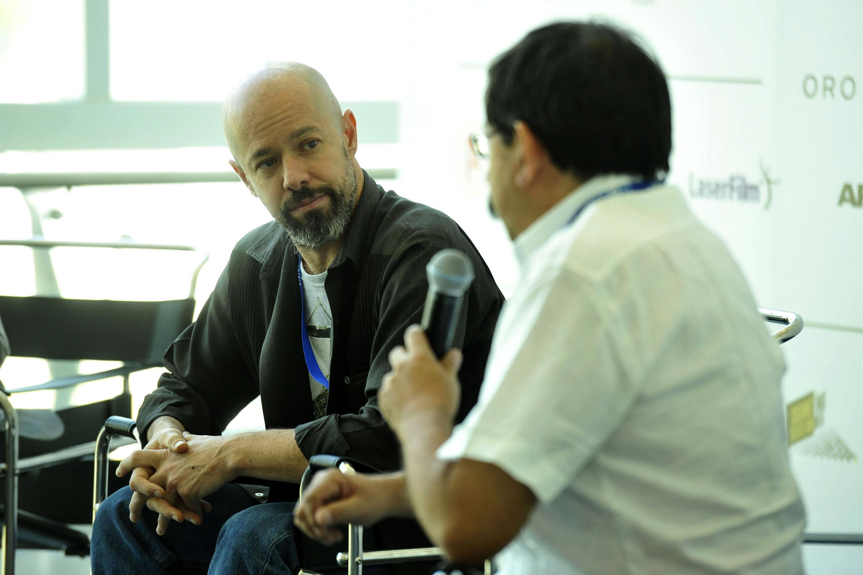 Director de Programación del FICG, Gerardo Salgado, haciendo uso de la palabra