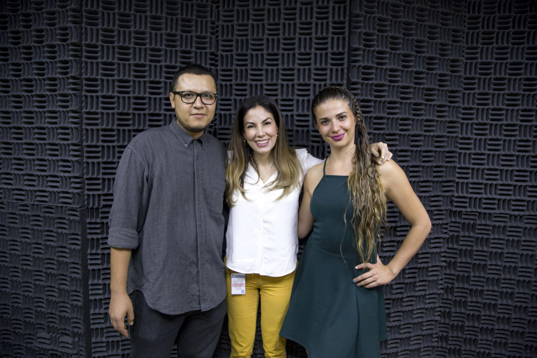 Estudiantes y egresados de la Universidad de Guadalajara beneficiados con las becas, otorgadas mediante el Legado de la doctora estadounidense Pyrrha Gladys Grodman.