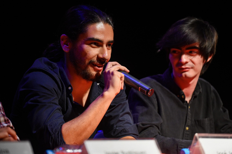 José Jaime Argote, Director Vampiresa, un monólogo de leyenda, anunciando su obra al publico.
