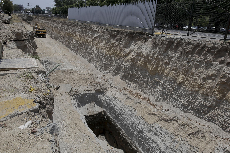 Obra de construcción del viaducto Belenes.