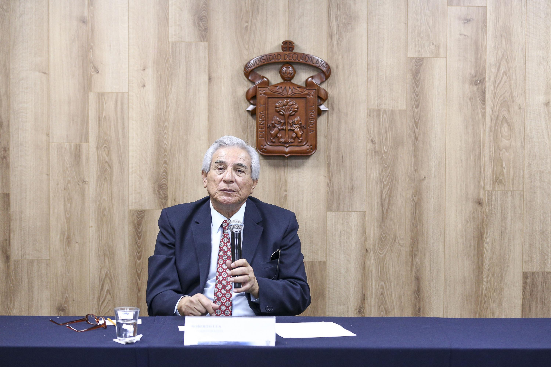 Roberto Lúa comenta a la prensa cuales serán los temas del evento