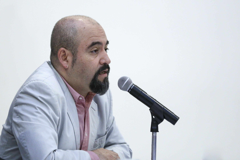El Secretario de Vinculación y Difusión Cultural de esta Casa de Estudio, maestro Ángel Igor Lozada Rivera Melo, haciendo uso de la palabra.