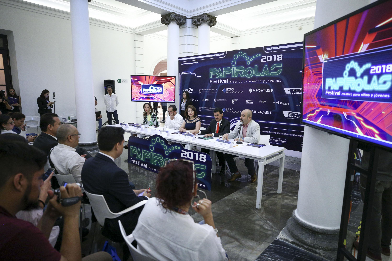Rueda de prensa de la invitación al Festival Papirolas 2018.
