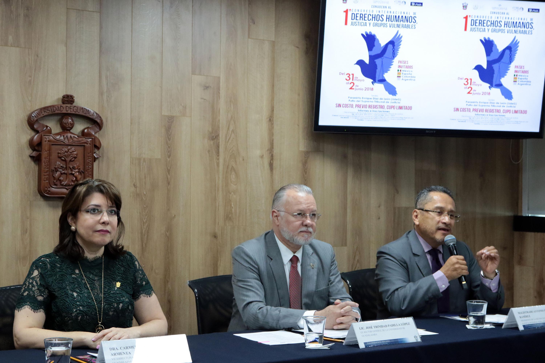 Rueda de prensa en el que se dió a conocer el primer Congreso Internacional sobre Derechos Humanos, Justicia y Grupos Vulnerables.