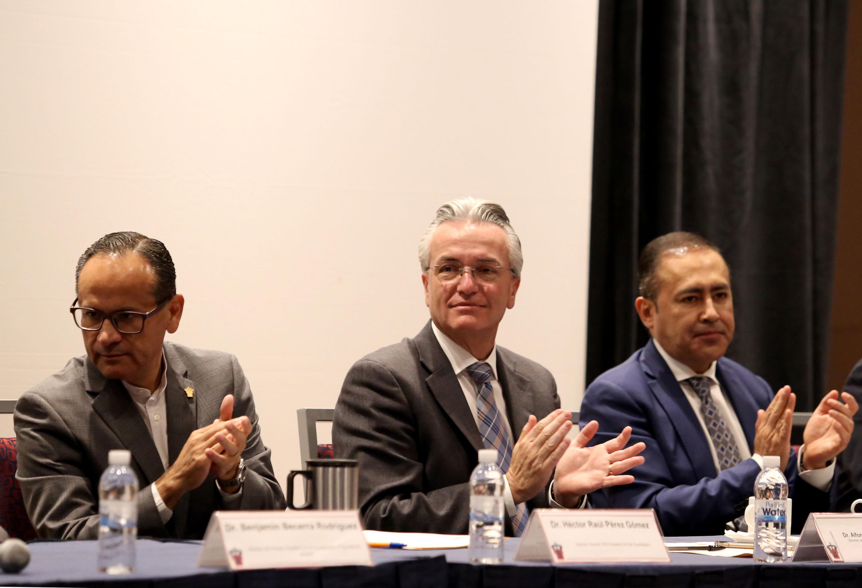 Invitados a la Inauguración del Vigésimo Tercer Simposium Internacional de Geriatría y Gerontología Fray Antonio Alcalde.
