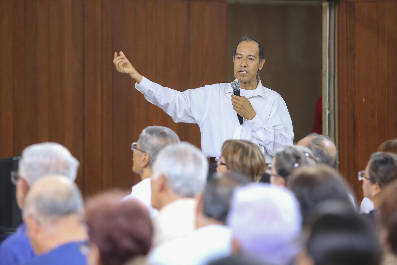 El doctor Javier García de Alba es el Coordinador del SUAM,