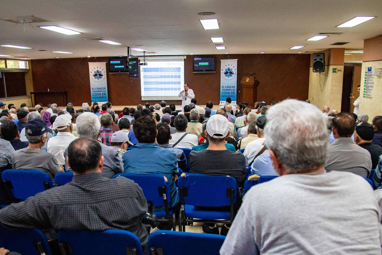 Pláticas informativas sobre las enfermedades de la próstata en el adulto, ello con motivo del pasado Día Mundial del Cáncer de Próstata, celebrado el 11 de junio