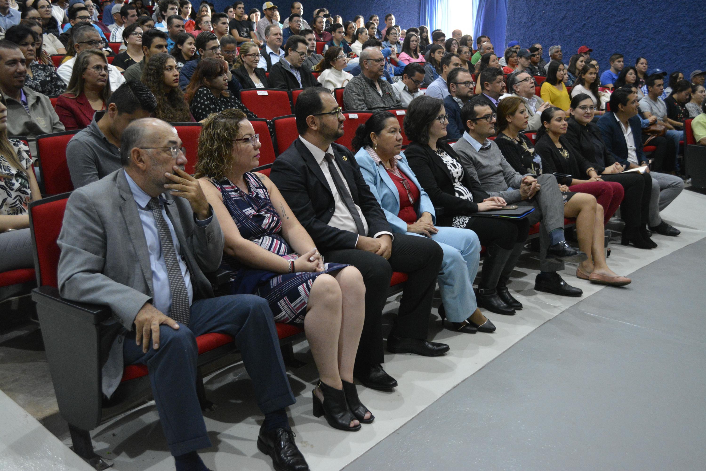 Asistentes a la ceremonia  de bienvenida al CUALTOS, curso de inducción 2018