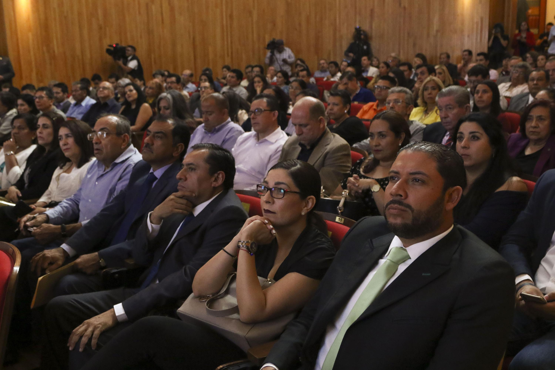Asistentes al evento que se realizó en el Paraninfo Enrique Díaz de León