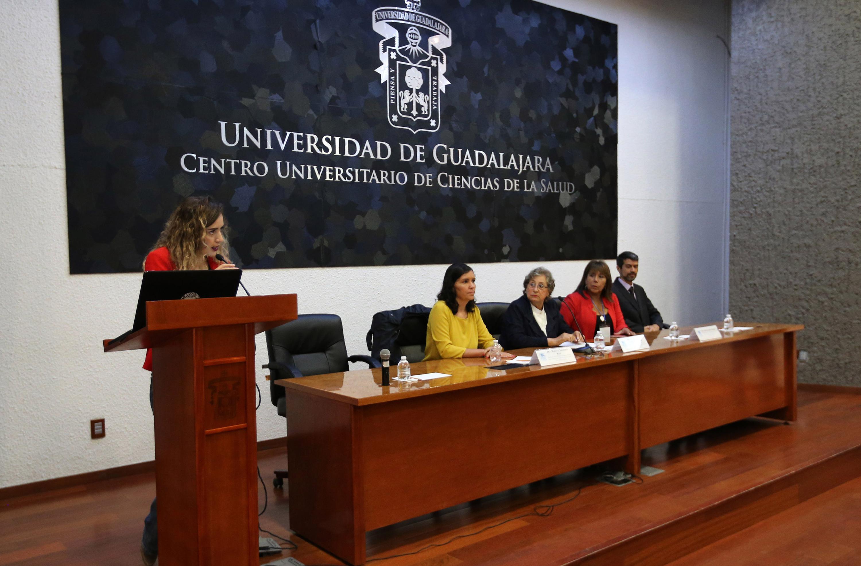 Ceremonia de inauguración del coloquio  de Investigación sobre Determinantes de Salud en la Adolescencia.