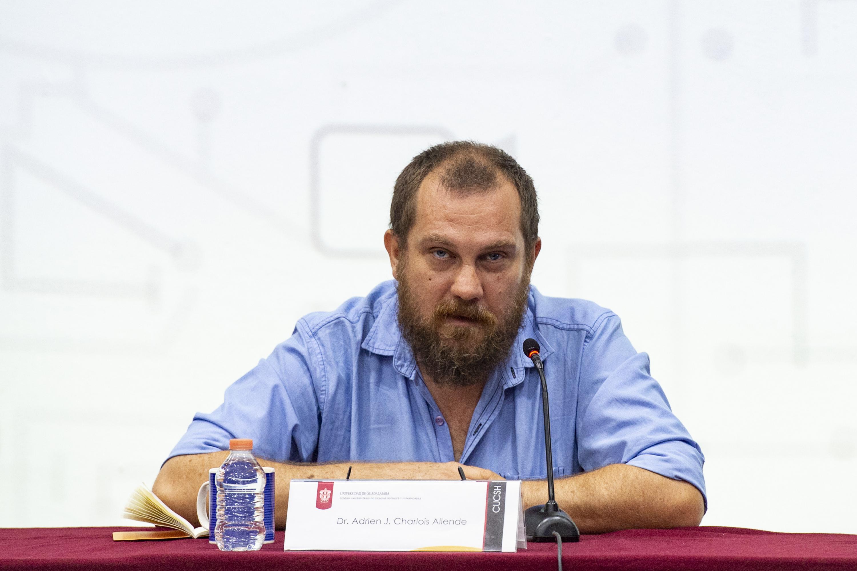 Dr. Adrien Charlois Allende.