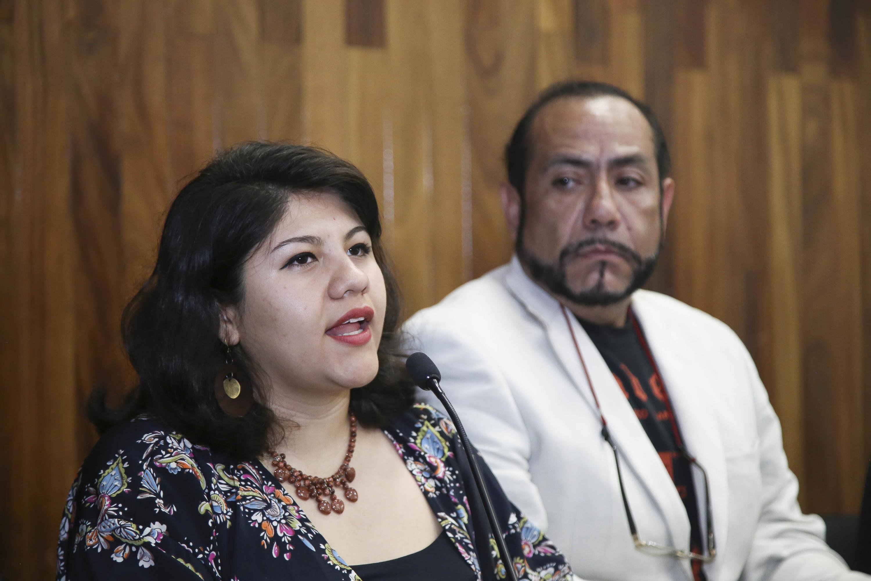 El también exintegrante de la liga, maestro Armando Rentería, recordó que en Guadalajara existieron cinco imprentas clandestinas donde se imprimieron miles de ejemplare