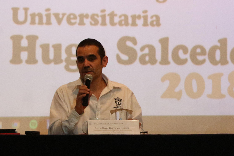 Maestro Oscar Rodríguez, coordinador del concurso, haciendo uso de la palabra
