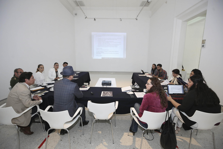 Integrantes de la Red de Asuntos Culturales, de la Asociación Nacional de Universidades e Instituciones de Educación Superior (ANUIES), Región Centro Occidente; participando en reunión.
