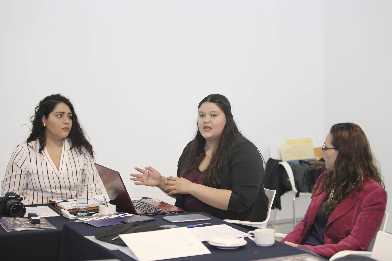 Miembro de la Red de Asuntos Culturales de la (ANUIES), Región Centro Occidente, participando en la reunión.