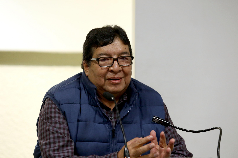 Al micrófono El doctor Mario Carranza Aguilar, Presidente de REDIPSA