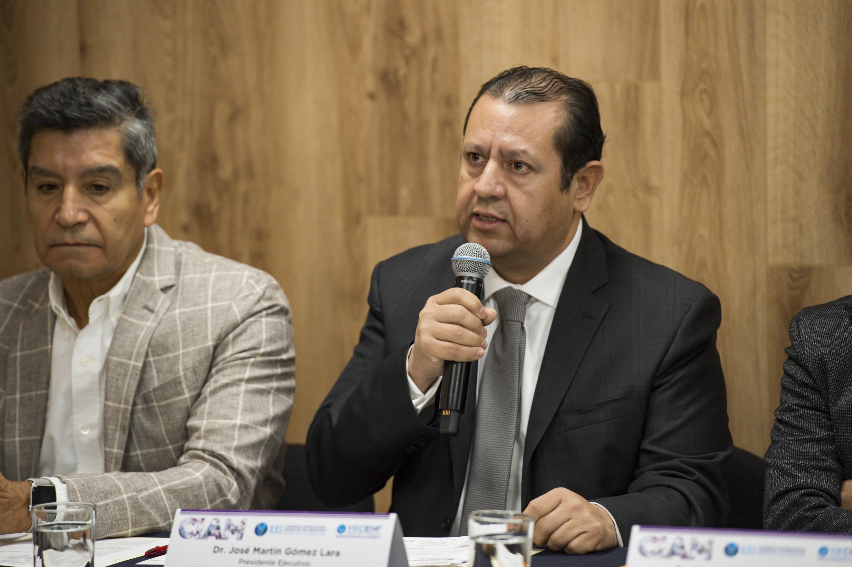 Presidente Ejecutivo del CIAM 2019, doctor José Martín Gómez Lara, haciendo uso de la palabra durante la conferencia de prensa