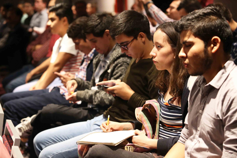 Audiencia del Foro de Análisis.