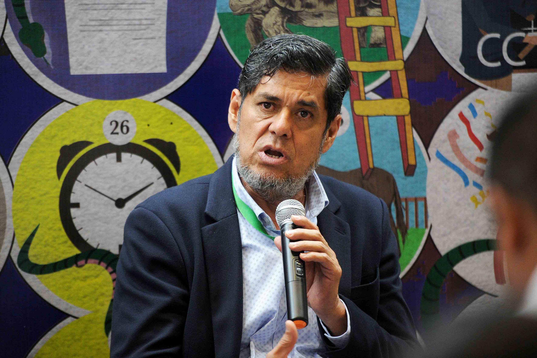 El licenciado Jesús Palafox Yáñez al microfono
