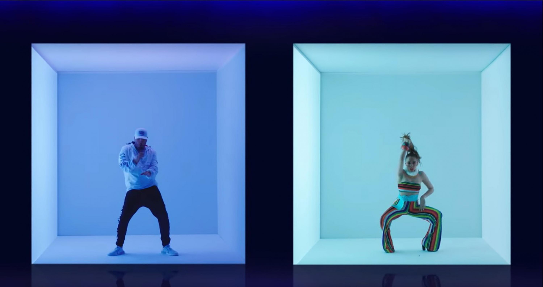 Escena de un video del cantante Drake con dos bailarines