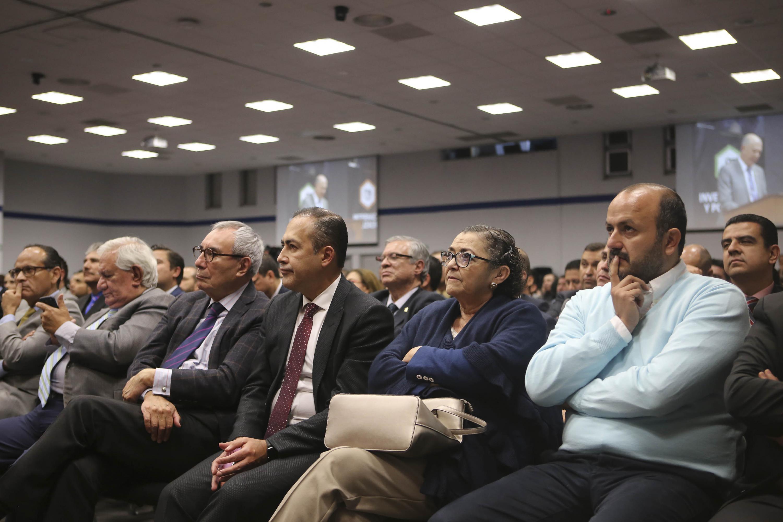 Autoridades de la universidad de Guadalajara invitados al informe del rector Maestro José Alberto Castellanos Gutiérrez