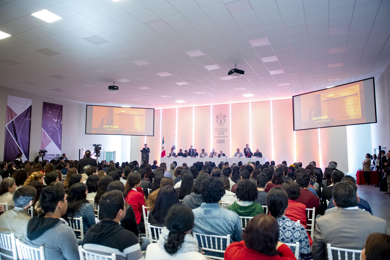 Sexto informe de actividades del rector de CUAAD maestro Ernesto Flores Gallo en el nuevo Auditorio Ignacio Díaz Morales