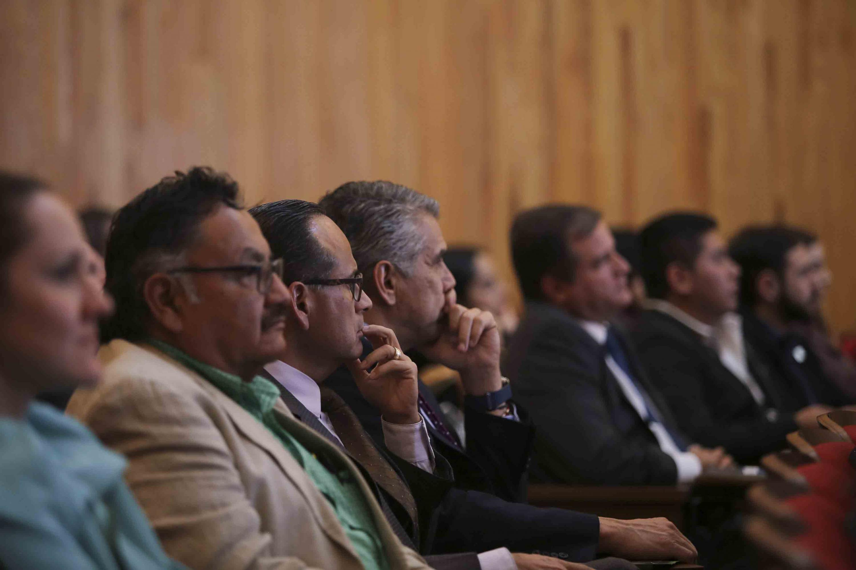 Miembros del Consejo General Universitario asistentes a las comparecencias de los candidatos a la Rectoría General