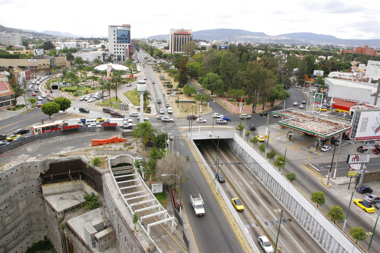 Vista aerea de la Av. Lopez Mateos en su cruce con Mariano Otero