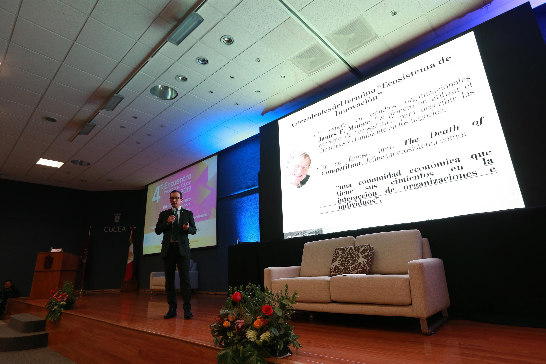 """Conferencia """"Las universidades en los ecosistemas de innovación"""", durante el cuarto encuentro """"Innovar para Educar 2019""""."""