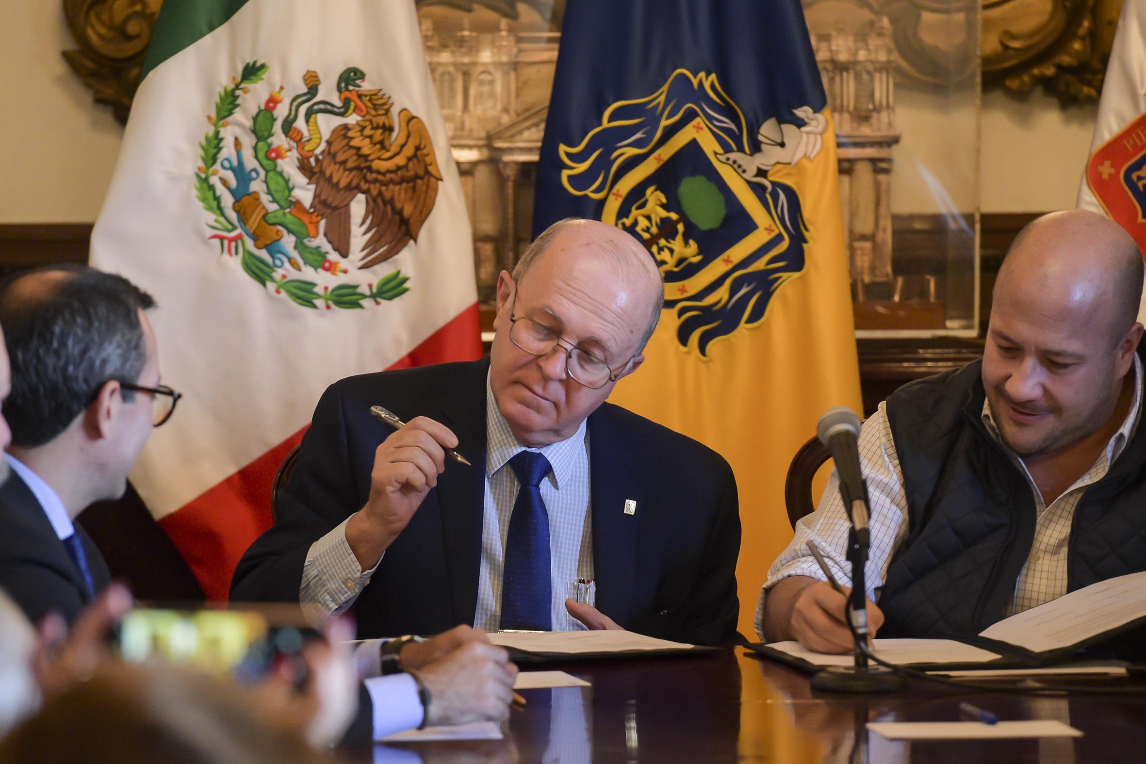 El Rector General de la UDG, el Miguel Ángel Navarro Navarro dirigio unas palabras durante el evento