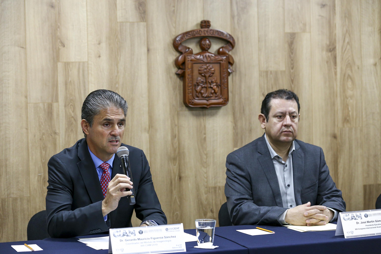 Doctor Gerardo Mauricio Figueroa Sánchez, participando en rueda de prensa