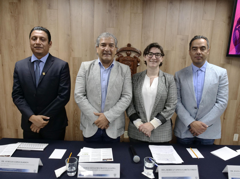 Academicos de CULAGOS que anunciaron la ampliacion del periodo de inscripciones en la nueva carrera