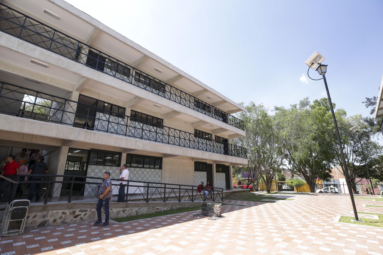 Edificio de la preparatoria 22 de la Universidad de Guadalajara