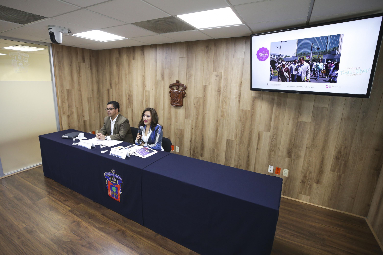 Los dos funcionarios universitarios hablaron de las caracteristicas del concurso