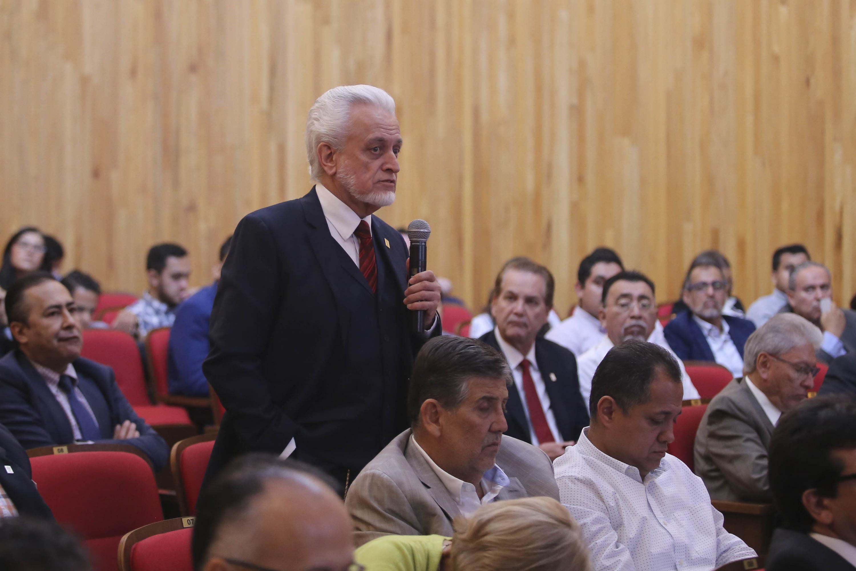 Director de la Preparatoria 5 de la Universidad de Guadalajara, Maestro José Manuel Jurado Parres, en uso de la palabra