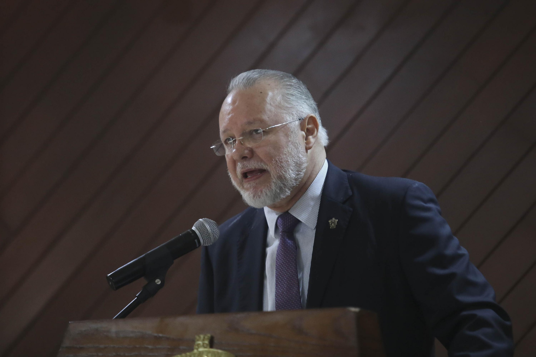 Procurador de Desarrollo Urbano (Prodeur) del Estado de Jalisco, licenciado José Trinidad Padilla López, en uso de la palabra
