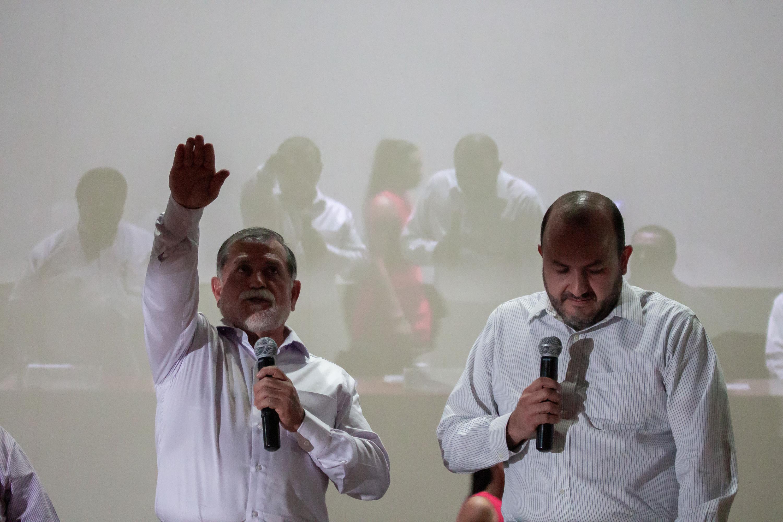 Doctor Jorge Téllez López, tomando protesta como Rector del Centro Universitario de la Costa (CUCosta)