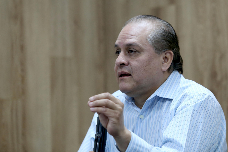 Director del Instituto de Astronomía y Meteorología (IAM), del Centro Universitario de Ciencias Exactas e Ingenierías (CUCEI), doctor Hermes Ulises Ramírez Sánchez, haciendo uso de la palabra