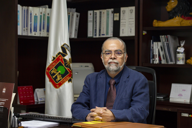 El Coordinador General de Control Escolar, maestro Roberto Rivas Montiel