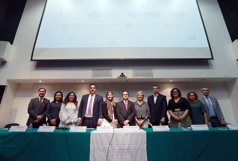 El foro tuvo lugar en el auditorio de la Biblioteca Pública del Estado de Jalisco Juan José Arreola, y fue organizado por el Instituto de Transparencia, Acceso a la Información Pública y Protección de Datos Personales de Jalisco (ITEI)