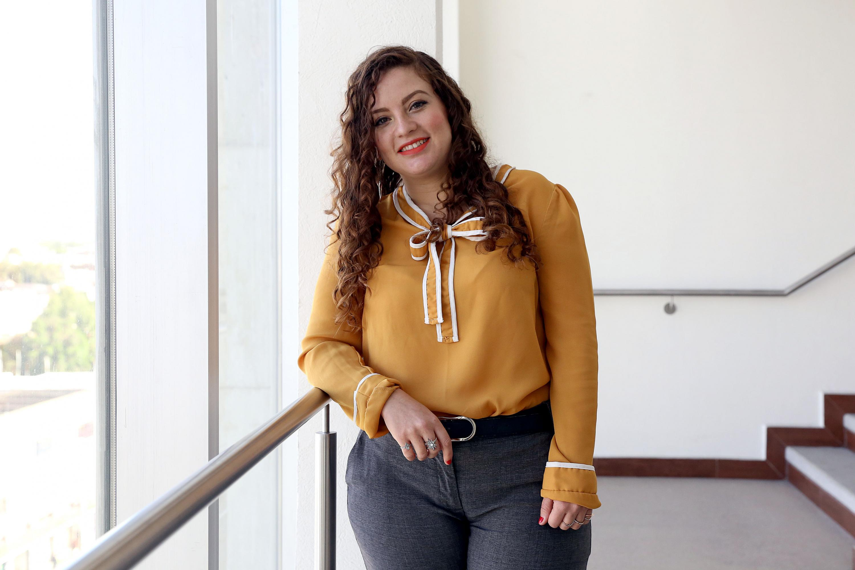 La egresada de la maestría en Tecnologías de la Información, del Centro Universitario de Ciencias Económico Administrativas (CUCEA), Alejandra Pedroza Marchena