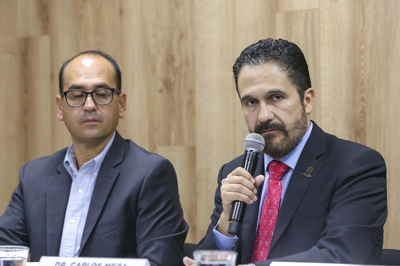 El Subdirector Médico del Nuevo Hospital Civil de Guadalajara Dr. Juan I. Menchaca, doctor Carlos Meza López, en uso de la palabra