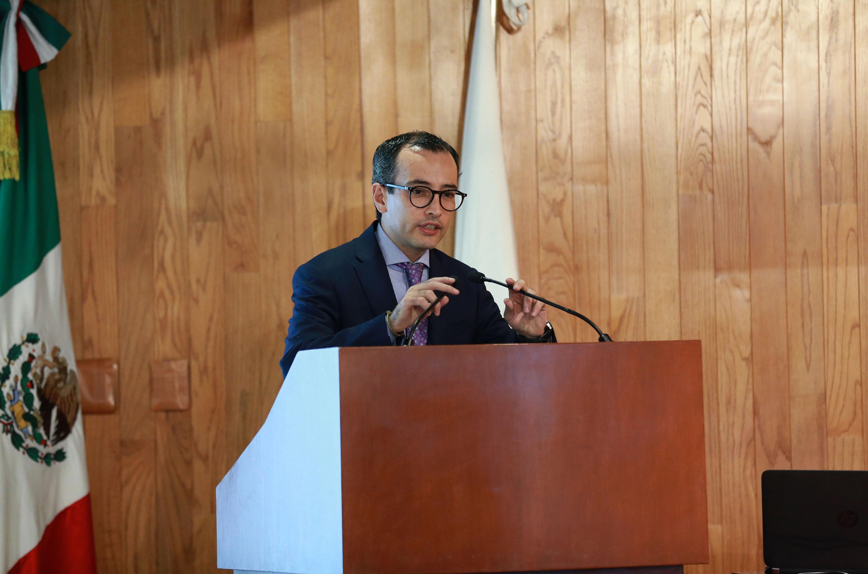 El Coordinador General Académico de la UdeG, doctor Carlos Iván Moreno Arellano