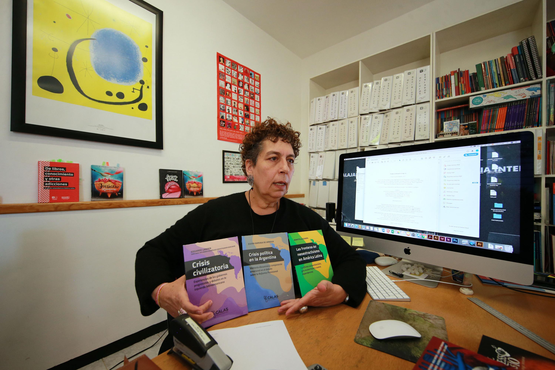 La directora de la Editorial Universitaria de la Universidad de Guadalajara, la Maestra Sayri Karp