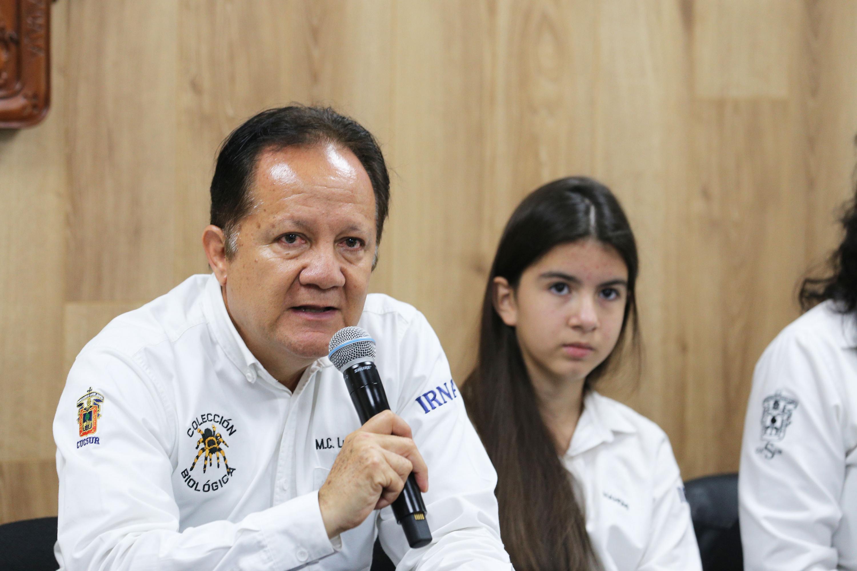 El Coordinador General de la Colección de Animales Vivos de la muestra, maestro Luis Eugenio Rivera Cervantes, en uso de la palabra