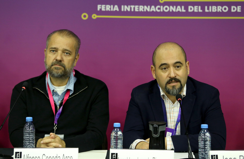 El Secretario de Vinculación y Difusión Cultural de la Universidad de Guadalajara (UdeG) y miembro del Comité Organizador de la bienal, maestro Igor Lozada Rivera Melo