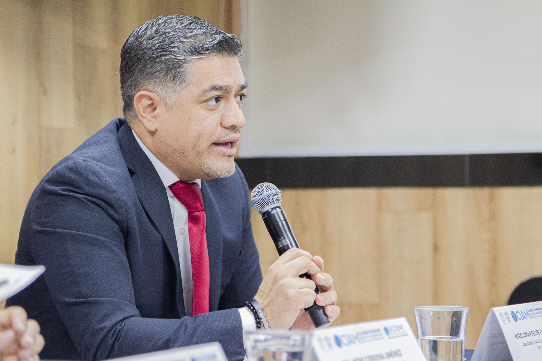 El Coordinador del Módulo de Derecho y Salud, maestro Omar Felipe Figueroa Rosales