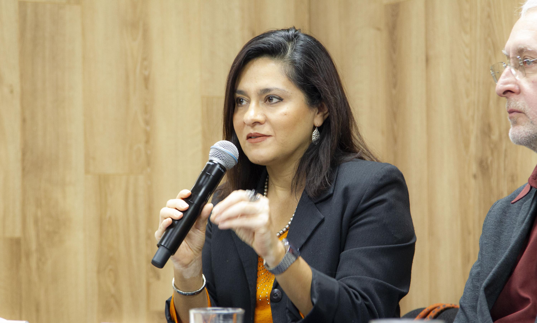 La investigadora del Centro de Estudios sobre América del Norte, doctora Marcela López Vallejo