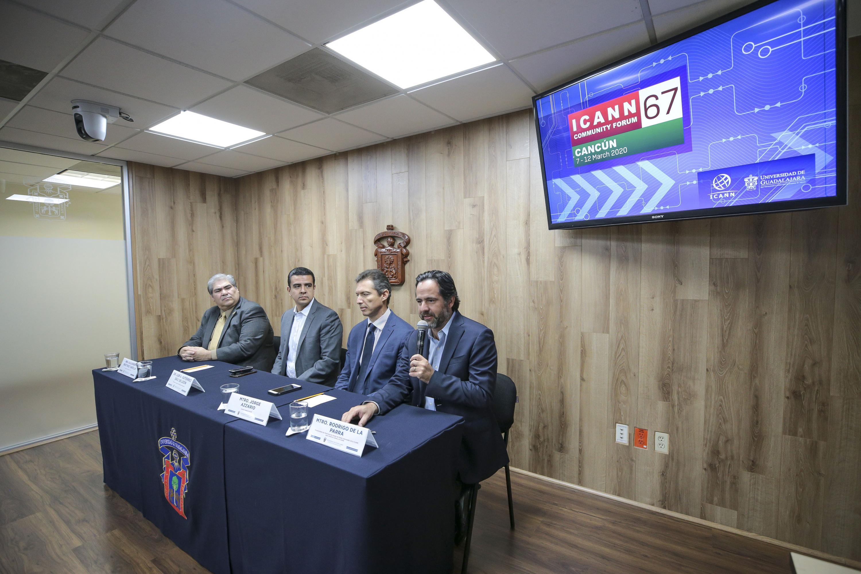 Académicos en rueda de prensa  Participación del CGTI de UdeG en la Primera Reunión Pública de la ICANN del 2020